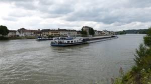 ACHERON...Sortant de l'Yonne et NECTON......sortant de la Petite Seine......MONTEREAU.......JUIN 2018