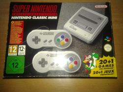 super nintendo , super famicom , super nintendo mini