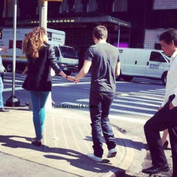 Eléanor et Danielle étaient avec les garçons.