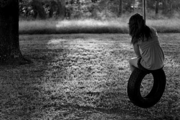 « Il avait toujours eu cette façon d'être encore là, au fond de mon c½ur. De prendre juste un peu de place. Pas assez pour que j'en tombe amoureuse, mais juste assez pour ne pas l'oublier. »