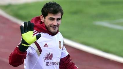 Casillas quitte le Real Madrid après 25 ans pour Porto