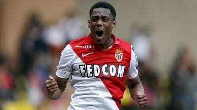 Martial signe pour quatre ans à Manchester United