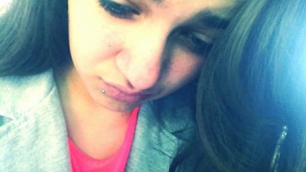 Aime Moi Comme Je t'aime et tu verra comment j'ai mal.