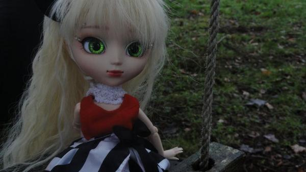 Photoshooting in the forest :3