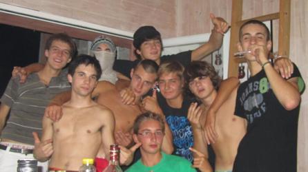 Une bande d'amis, est un regroupement de fous. ♥