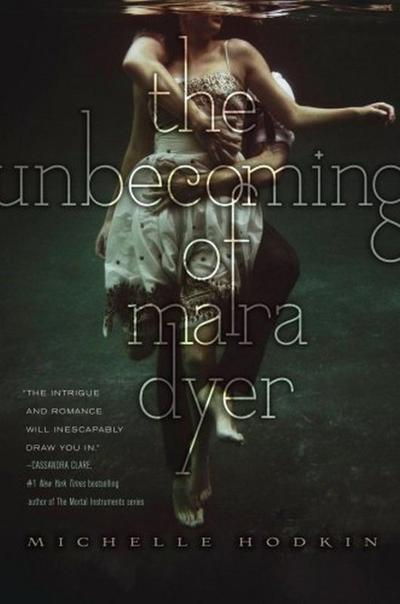 Présentation n°3 : The Unbecoming Of Mara Dyer