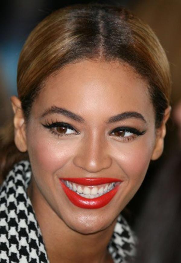 Beyoncé : Crazy in love élue meilleure chanson des années 2000
