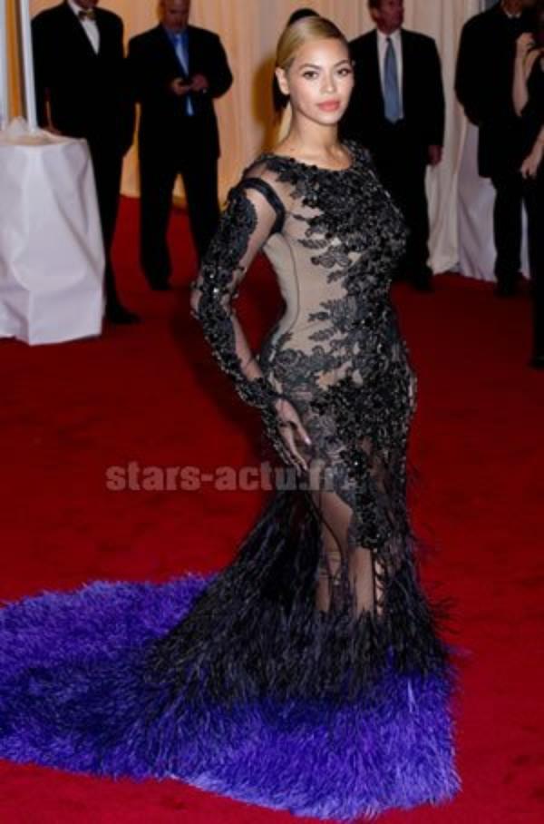 Beyonce en robe GIVENCHY
