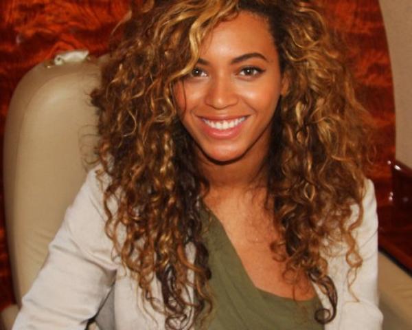 Beyoncé et Jay-Z invitent Barack Obama à dîner Le couple appuie la campagne du président américain