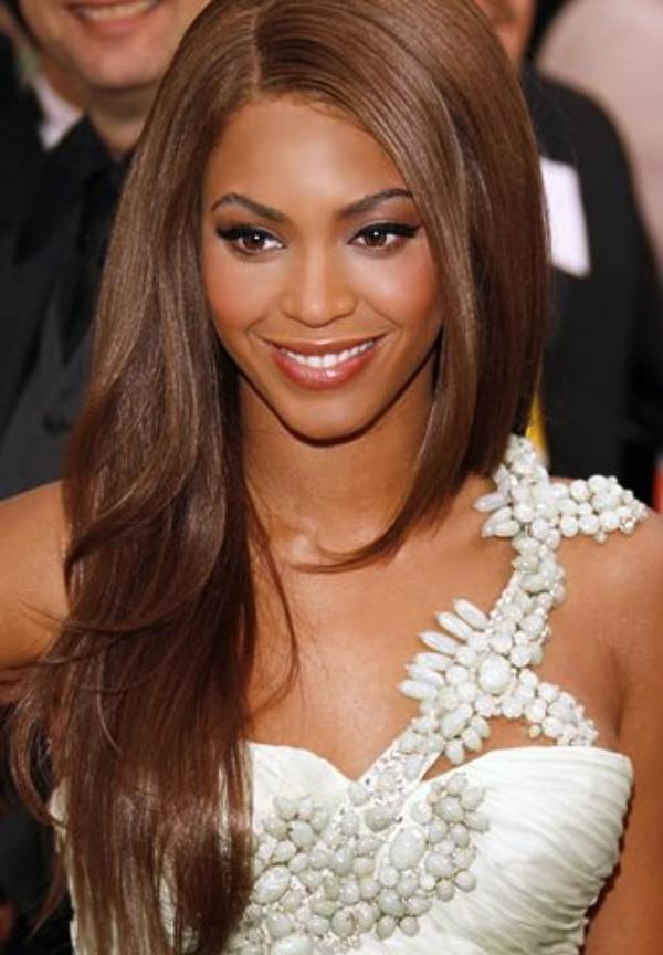 Beyoncé renie Rihanna