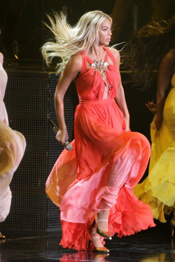 Beyoncé exhibe son corps : ''Je faisais 88 kilos après avoir accouché...''