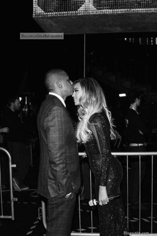 , Brit Awards 2014 : Beyoncé divine et scintillante pour une apparition surprise