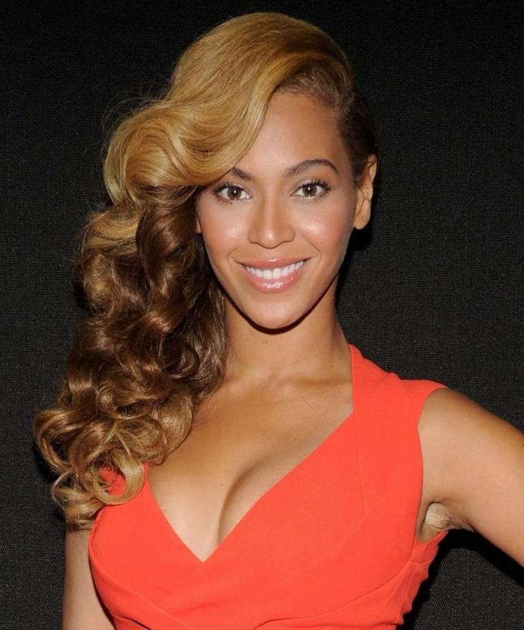 Beyonce élue femme de l 'année 2014
