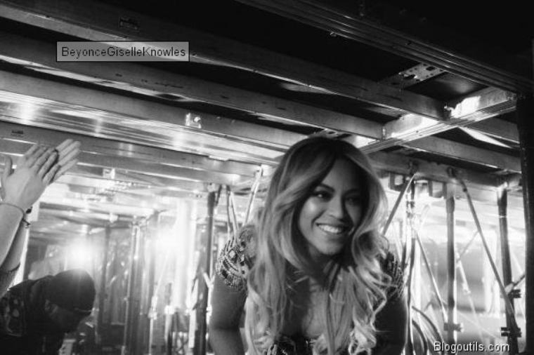 Beyonce   s est produit hier a Lisbonne au PORTUGAL a l occasion de son concert THE MRS CARTER SHOW WORLD TOURS