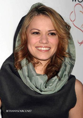 Bethany Joy Lenz => Haley James Scott