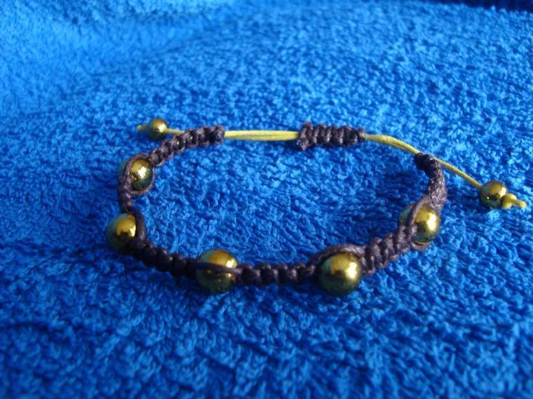 Bracelet shamballa chocolat/jaune