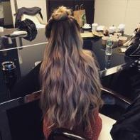 06/01/2015: Sherry l'une des coiffeuse de la série a posté des photos sur son instagram de Jemima lors de la journée presse pour le lancement de la saison 4  (notamment une interview pour people magazine)... Elle est juste sublime !
