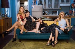 Quelques photos isolées pour promo pour cette dernière saison de Girls font actuellement surface sur la toile.