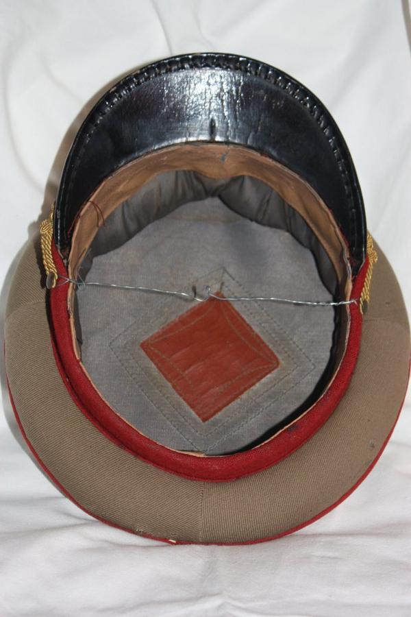 07. Casquettes d'officier général tenue de tous les jours RPR - Generals caps, service uniform RPR