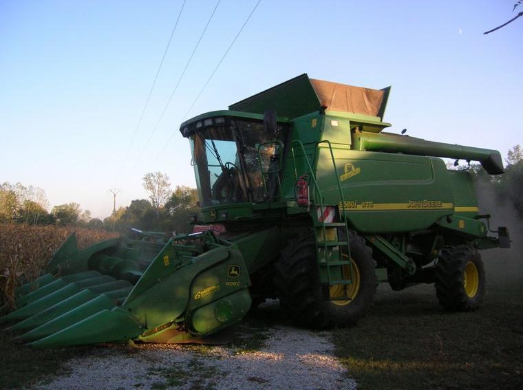 moisson 2011 des mais le john deere 9580 i wts hillmaster II