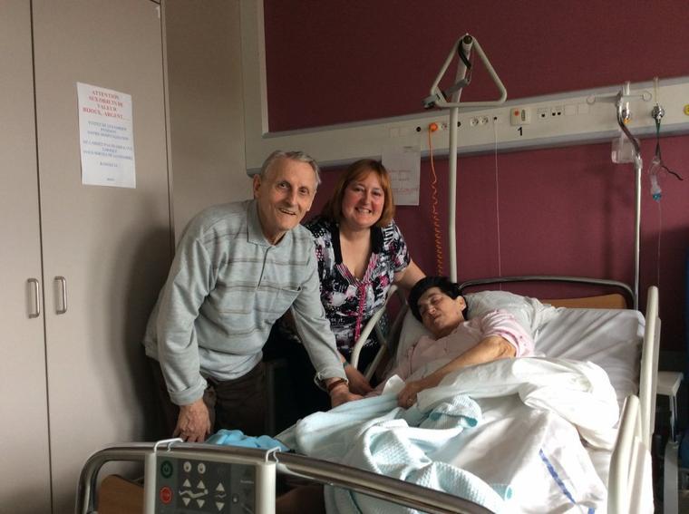 Visite de Nona à l'hôpital le dimanche 06 avril 2014
