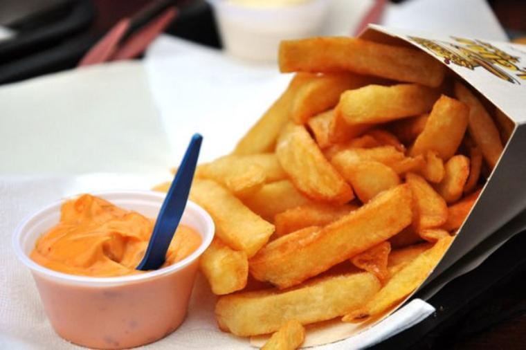 Journée internationale de la frite belge.