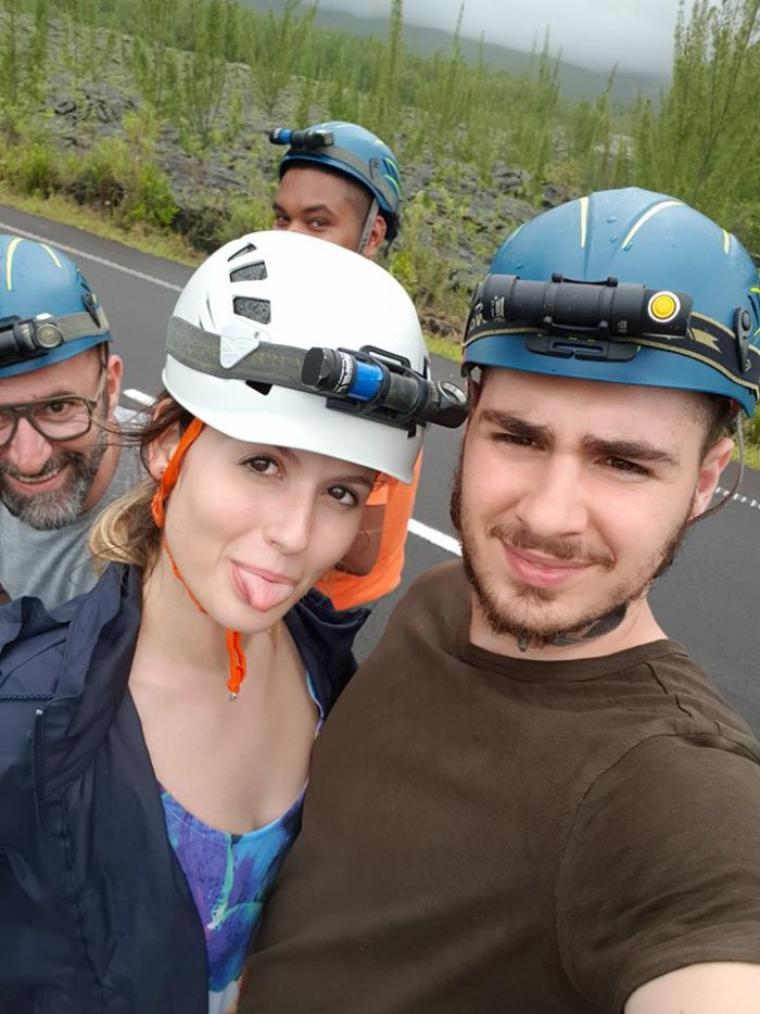 Ma fille et son copain partis pour l'île de la Réunion le dimanche 01/04/18 3