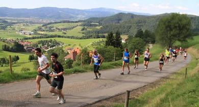 30e Tote Mann Berglauf: Les vacances-kilomètres