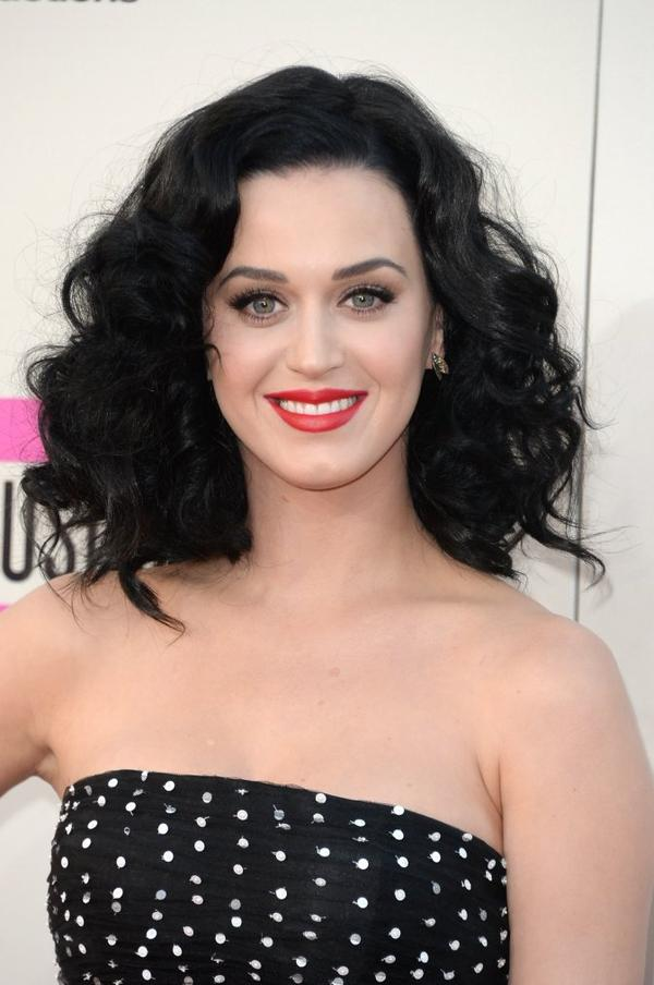 Katy Perry - THE AMERICAN MUSIC AWARDS AT NOKIA THEATRE IN LA