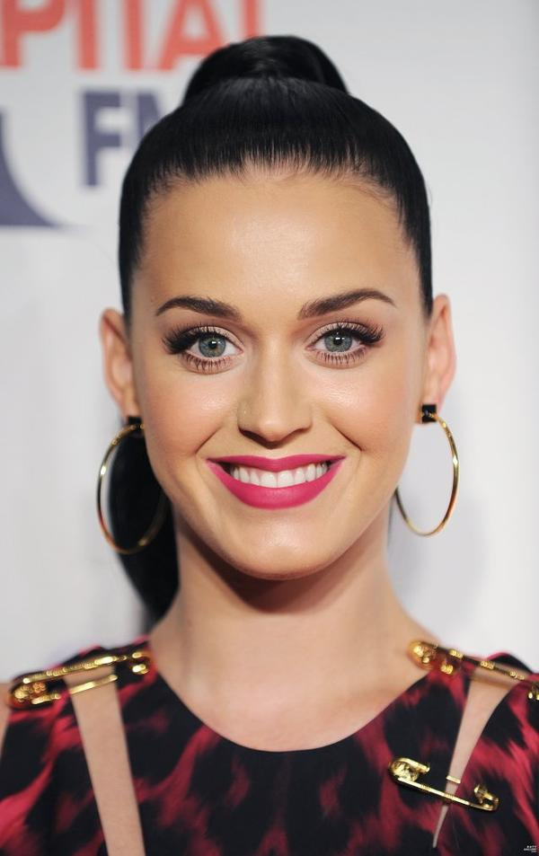 Katy Perry - CAPITAL FM JINGLE BELL BALL