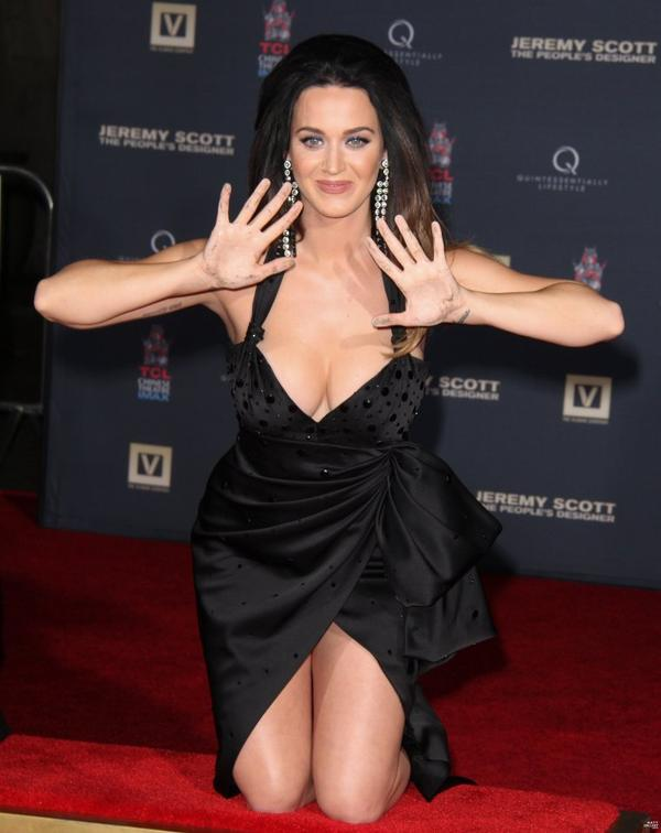 "Katy Perry - ""JEREMY SCOTT: THE PEOPLE'S DESIGNER"" HAND PRINT CEREMONY AT TCL CHINESE IMAX FORECOURT"