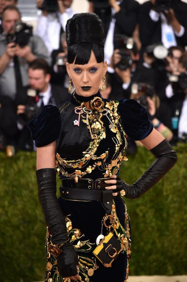 "Katy Perry - ""MANUS X MACHINA: FASHION IN AN AGE OF TECHNOLOGY"" COSTUME INSTITUTE GALA - NYC"