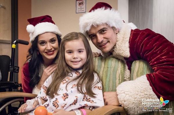 Katy Perry - VISITING CHILDREN'S HOSPITAL LA