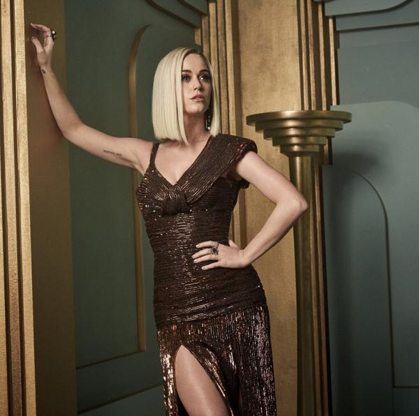 Katy Perry - VANITY FAIR OSCAR PARTY