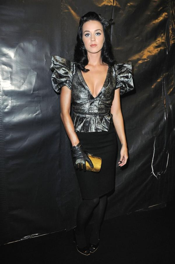 Katy Perry - LOUIS VUITTON'S SPRING/SUMMER 2010 FASHION SHOW