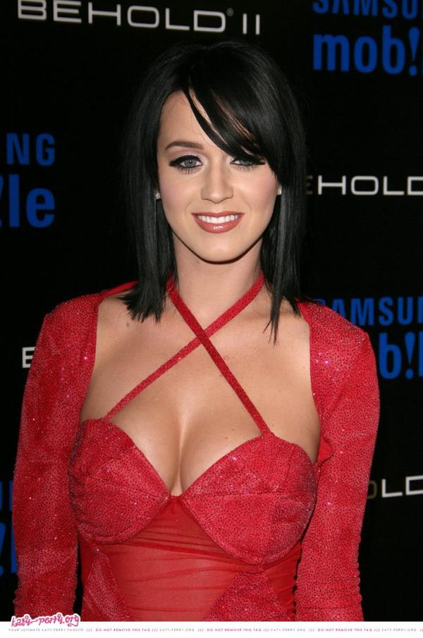 Katy Perry - SAMSUNG BEHOLD II PREMIERE LAUNCH PARTY