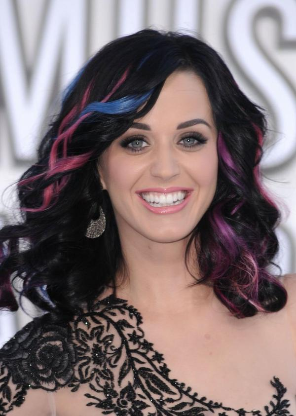 Katy Perry - MTV'S VIDEO MUSIC AWARDS AT NOKIA THEATRE IN LOS ANGELES
