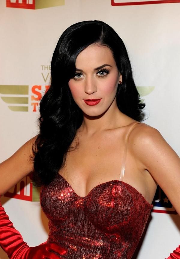 Katy Perry - VH1 DIVAS SALUTE TO THE TROOPS