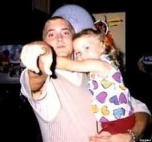 ► MON FAVORI MUSIQUE DU MOIS D'OCTOBRE - Hailie's Song d'Eminem