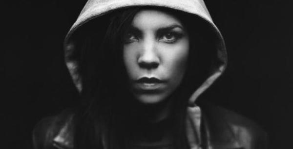► MON FAVORI MUSIQUE DU MOIS DE DECEMBRE - Twisted de Skylar Grey (ft. EMINEM & Yelawolf)