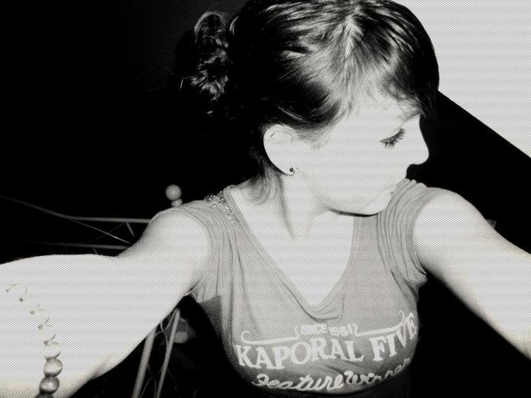 Jai apris a le connaître , J'aprend a l'oublier , Parole d'une demoiselle au coeur Fusillier.. ♥