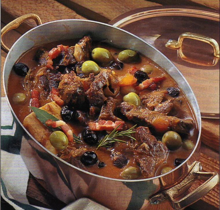 Estouffade de boeuf aux deux olives