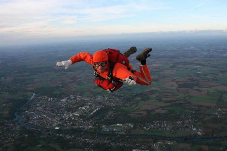 Tenté par le parachutisme ???