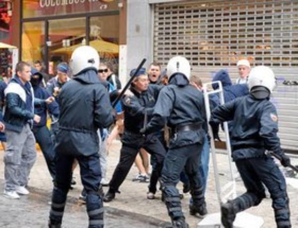 Liège : 300 supporters de Zurich titillés… et violents !