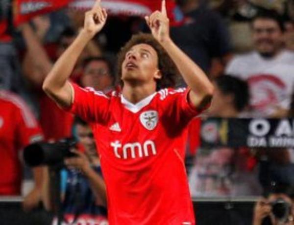 500 000 euros de plus pour Witsel, Nacho Gonzalez gratos