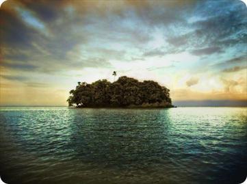Imaginez un homme isolé sur une île déserte
