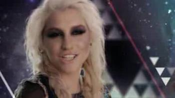 Kesha : Une prêtresse des illuminati (1)