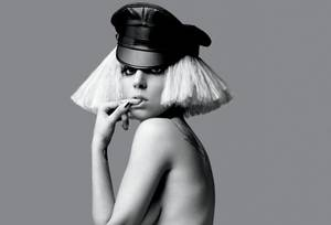 Article CCXV : Lady Gaga, new Queen Of Pop