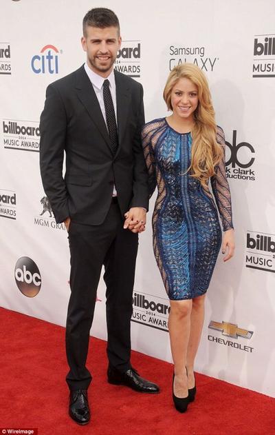 Shakira confirme enfin sa grossesse+ le sexe de son bébé !