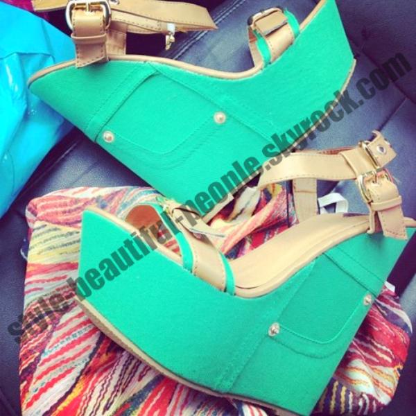 Shoes couleur verte ! Je fait appelle a vous les filles , quand pensez vous ?